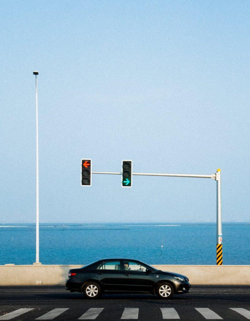 столб светофора